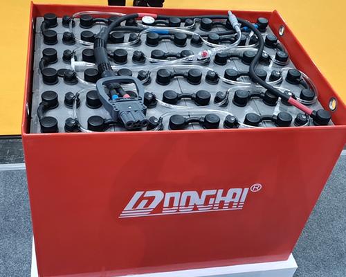 浅谈叉车蓄电池日常清洁有哪些方法!